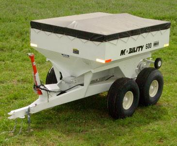 Mobility 600 PTO Dry Fertilizer Spreader